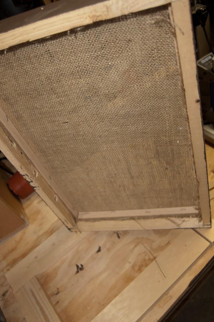 Top of moisture quilt box